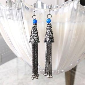 Unique Jewelmint drop earrings